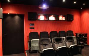 Home theater 873241 1280