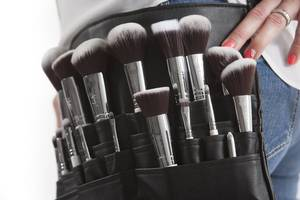 Makeup brushes 824708 960 720