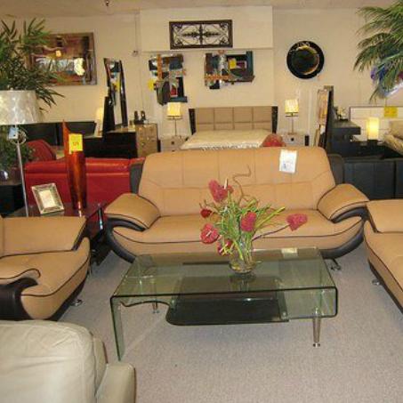 Maximu0027s Furniture Inc