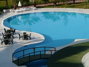 Swimming pool 64391 640