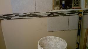 Bathroom reno   ceramic tile  wall  installing issues (14)