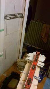 Bathroom reno   ceramic tile  wall  installing issues (20)