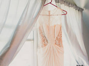 The wedding dress 1720330 960 720