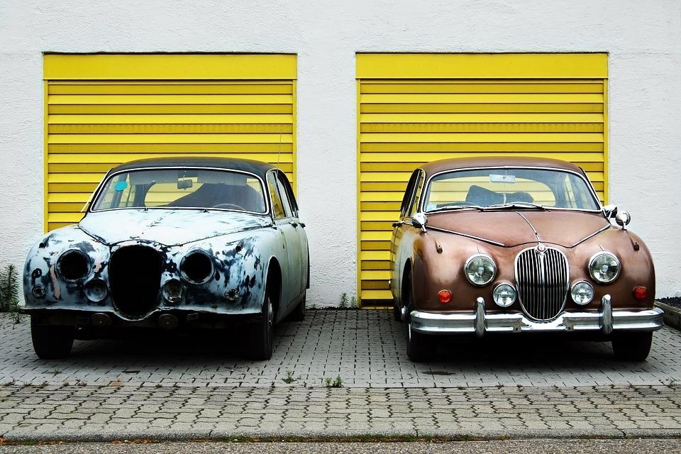Delightful Real Estate 475875 960 720 Vintage Cars 336674 960 720