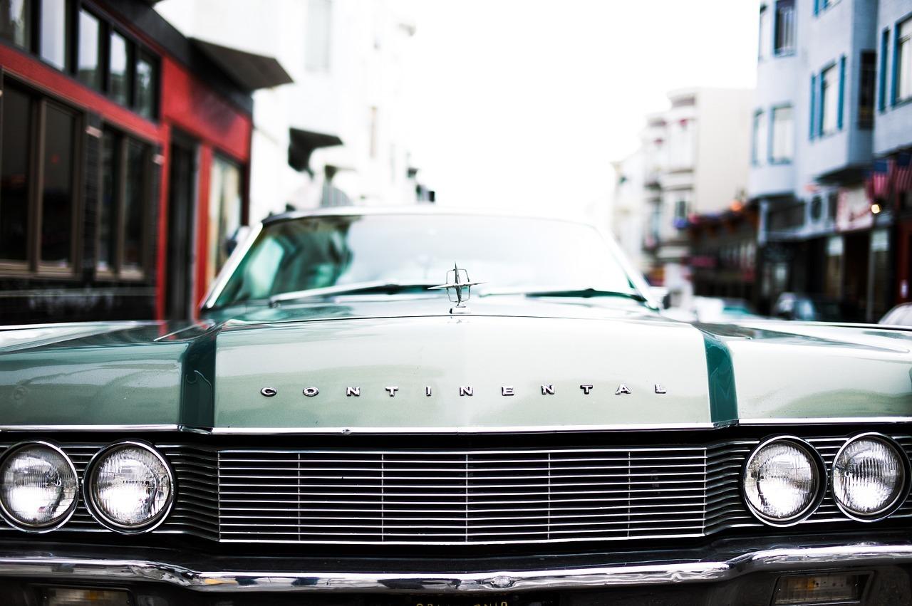 Used Car Dealer in Hialeah, FL | Autobahn Classics LLC (305) 978-0400