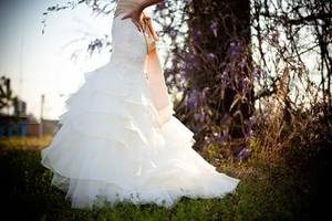 Wedding dress 349959 640