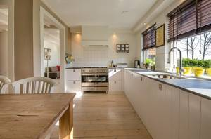 Kitchen 2165756 640 (small)