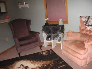 Hypnosis_room_chairs_(3)