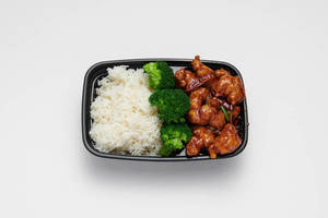 General_Chou_Chicken_WhiteBackground